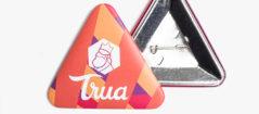 Chapas triangulares personalizadas